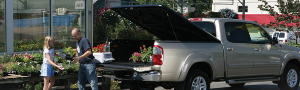 Retractable Vs Hard Tonneau Covers