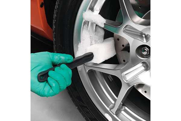 Griot's Garage Long Reach Wheel Brushes - Griots Wheel and Tire Cleaning Brushes