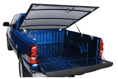Chevy Colorado Lund Genesis Hinged Tonneau Cover