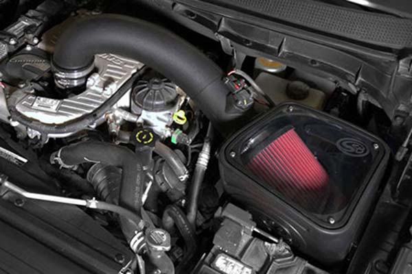 s&b performance intake with oiled filter installed in engine bay