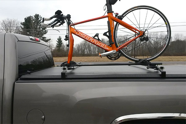 4841 inno truck rack stays with bike