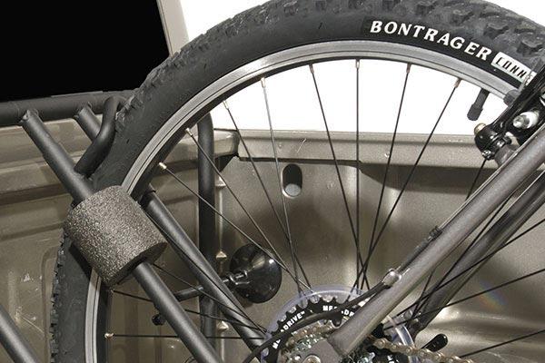 advantage bedrack bike rack at wheel