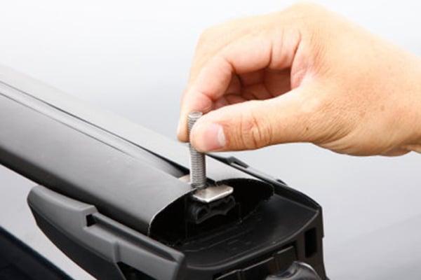inno t slot fork lock bike rack for aero base mounting bolt install