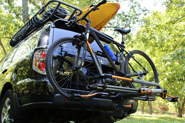 kuat nv hitch mount bike rack lifestyle