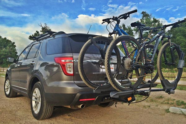rhino rack dual trekker platform hitch mount bike rack lifestyle