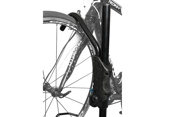 rocky mounts tomahawk roof bike rack closeup