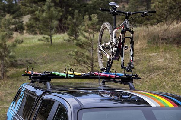 rockymounts jetline roof mount bike rack lifestyle