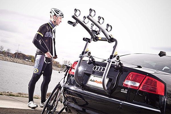saris bones rs trunk mount bike rack biker