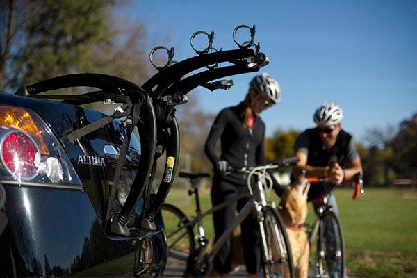 saris bones trunk mount bike rack lifestyle
