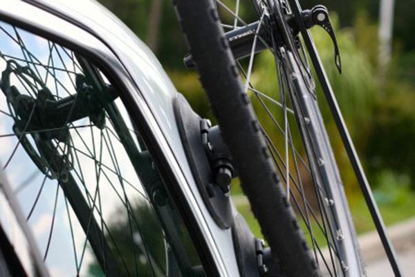 seasucker side loader wheel mount detail