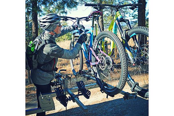 swagman-quad-platform-bike-rack-loading-bike