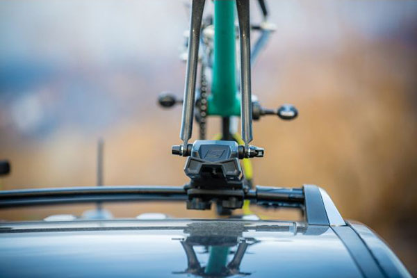 swagman enforcer roof mount bike rack head on