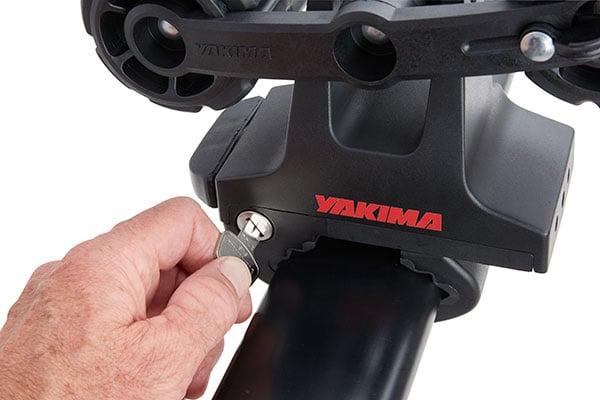 yakima roadtrip hitch mount bike rack locking