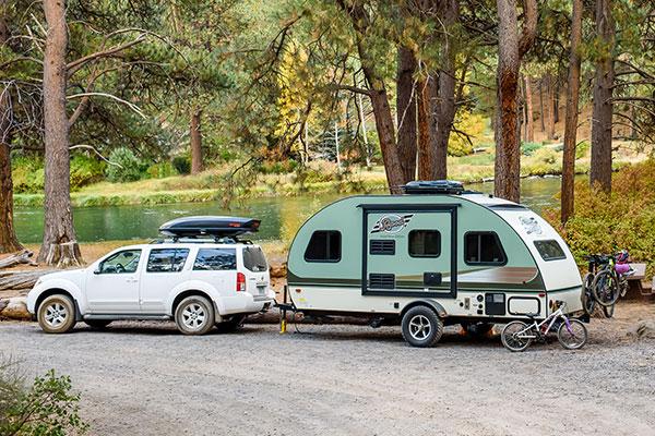 yakima universal roof rack camping