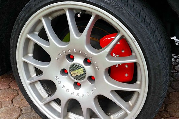 red mgp caliper covers behind bbs ch wheels