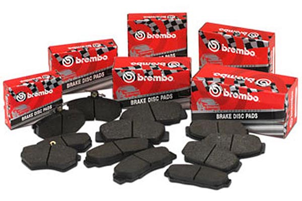 brembo gt slotted brake kit brembo pads