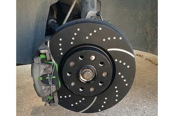 ebc sport rotors with green stuff pads installed on 2013 vw passat