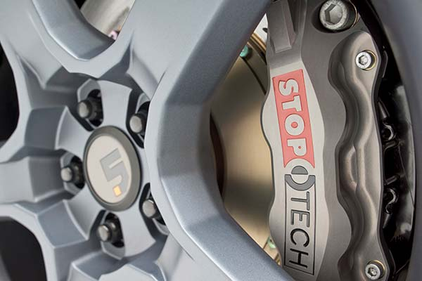 stoptech trophy sport big brake kit detail 5
