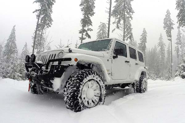 aries-trailchaser-jeep-front-bumper-lifestyle-2