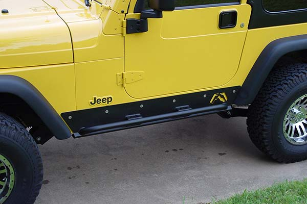 fab fours jeep rock sliders lifestyle4