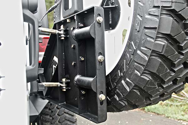 fab fours jeep tire carrier hinge