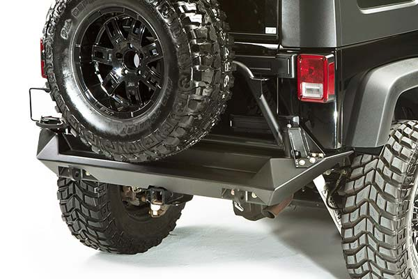 fab fours jeep tire carrier installed2
