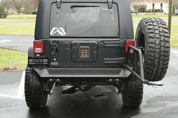 fab fours jeep tire carrier lifestyle