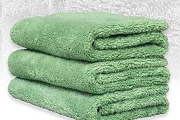 griots garage microfiber ppray On car wash cloths 6444