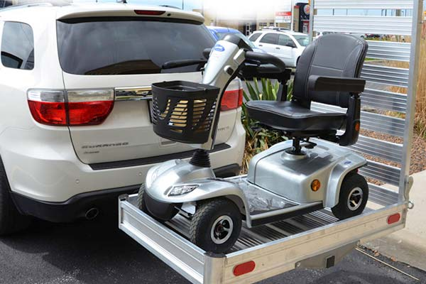 erickson-hitch-hauler-wheelchair-scooter-carrier-w-ramp-lifestyle3
