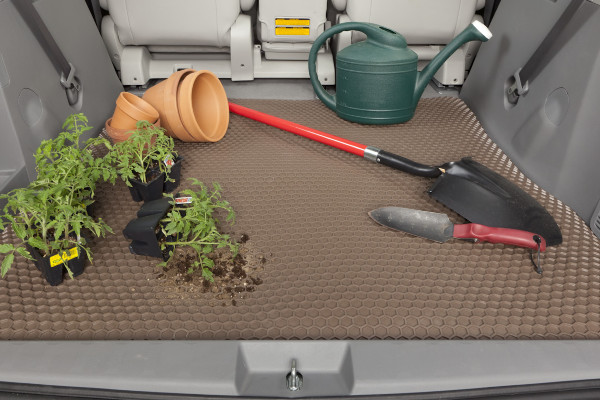 intro-tech-hexomat-cargo-lifestyle-plant2