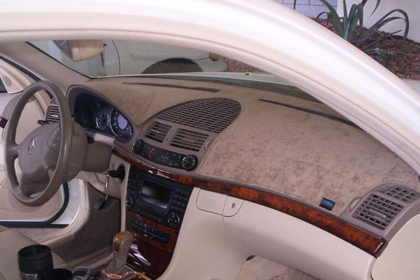 Dash Designs Suede dash cover Mercedes E Class