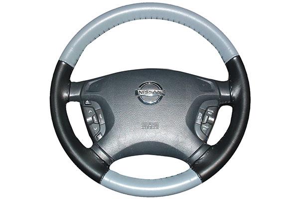 Wheelskins EuroTone Grey Black on Nissan Wheel