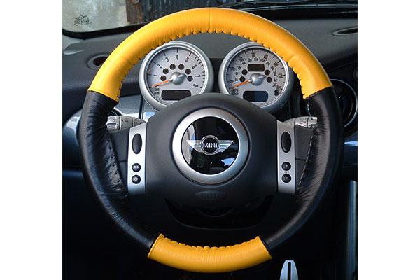Wheelskins EuroTone Yellow Black on Mini Cooper Wheel