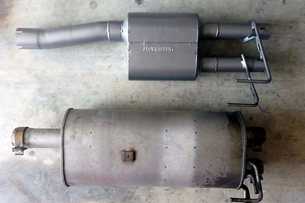 stock exhaust compared to flowmaster outlaw axle back