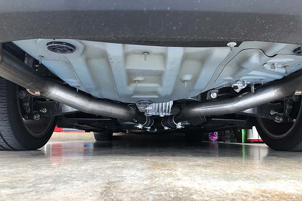 flowmaster outlaw series installed on 2013 dodge challenger r/t