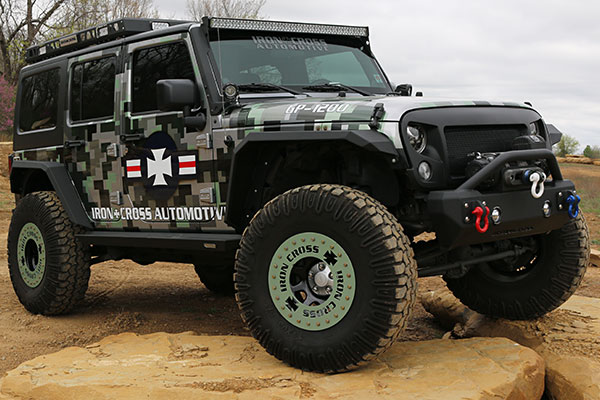 iron-cross-jeep-fender-flares-front-rock-jk-lifestyle