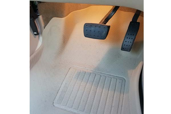 Customer Submitted Image - 3D Maxpider Kagu Floor Mats for 2010-2016 Cadillac SRX