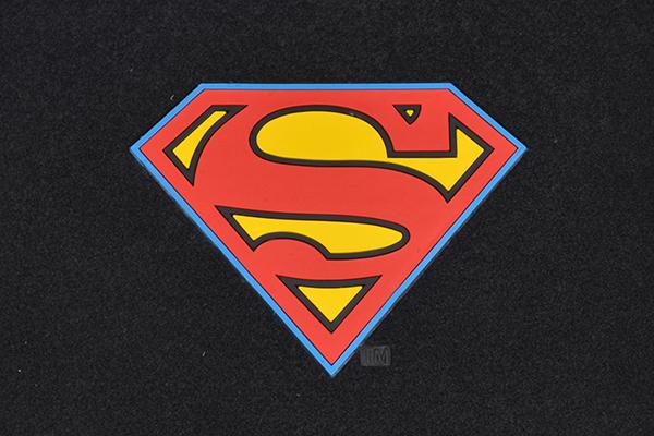 bdk superman floor mats logo detail