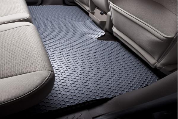 intro tech hexomat black backseat one piece rear mats