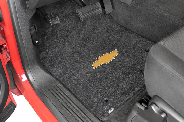 lloyd mats logo floor mats installed chevy