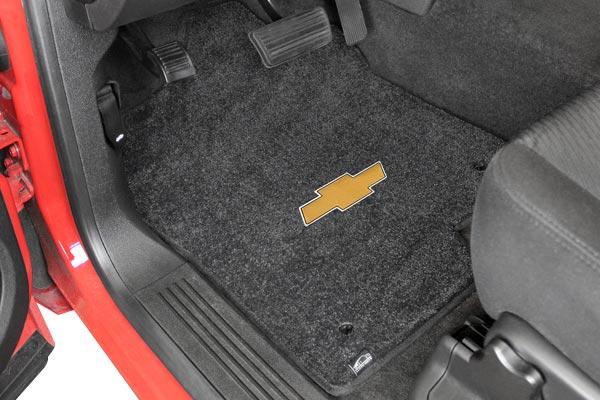 lloyd mats logo floor mats installed chevy