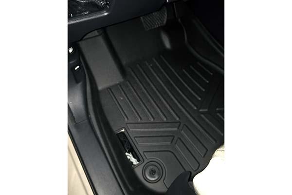 maxliner installed in driver side in black