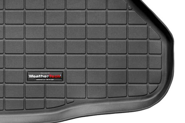 weathertech-cargo-liners-raised-edge