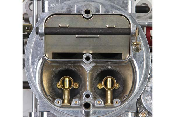 holley classic street carburetor angle1
