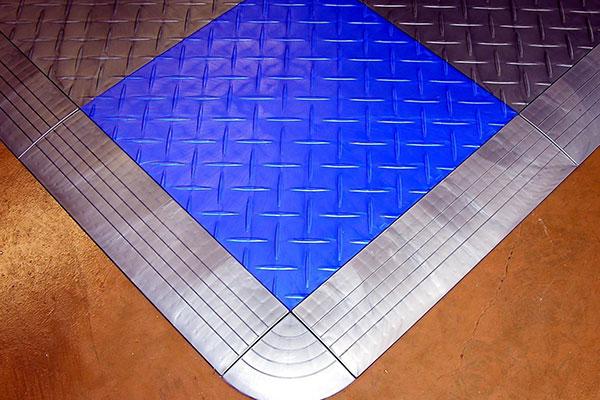 racedeck corner edge piece