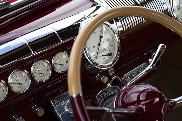 autometer street rod antique beige gauges lifestyle