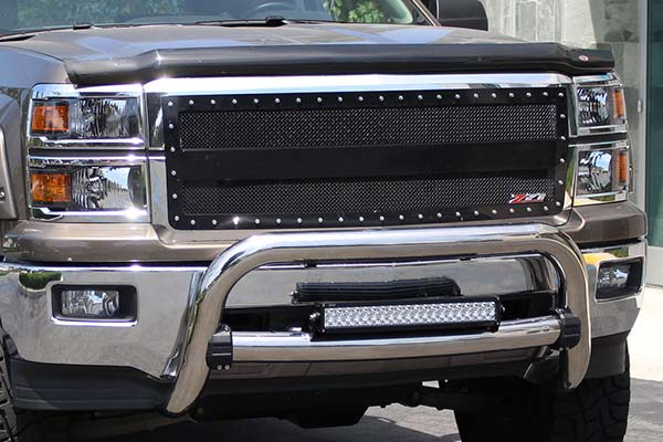 westin-contour-3-5-bull-bar-chrome-installed