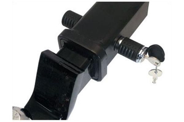 advantage hitch locks mounted