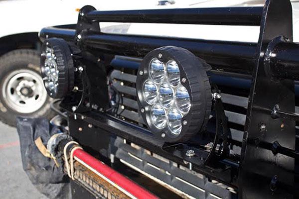 7 70 watt led off road light lifestyle
