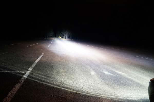 kc hilites carbon pod led lights beam